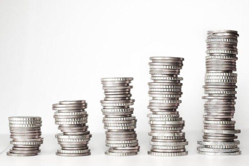 4 sposoby na zdobycie pieniędzy na otwarcie biznesu
