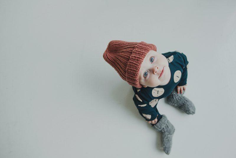 Jak wybrać odpowiednią czapkę dla dziecka?